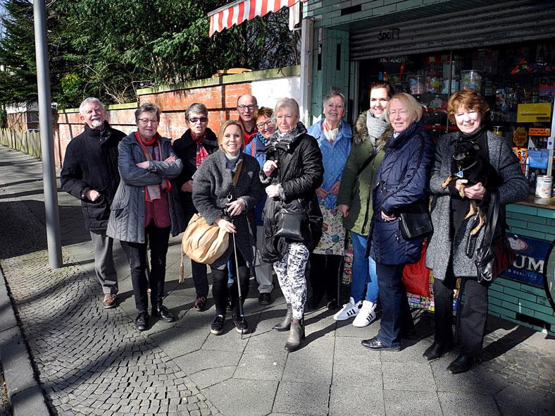 Die Teilnehmer*innen trafen sich am 10.03.2017 am Kult-Kiosk in Altenbochum.