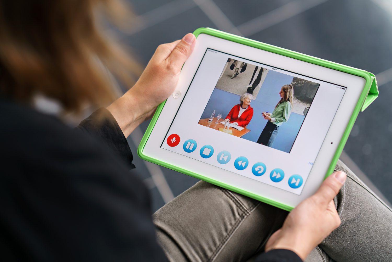 Online-Sprachtraining auf dem Tablet