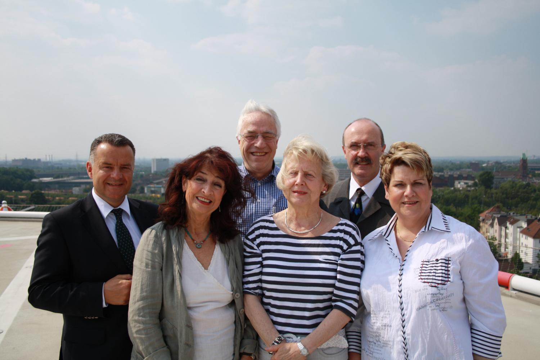 Der erste Vorstand der Freunde der hsg Bochum