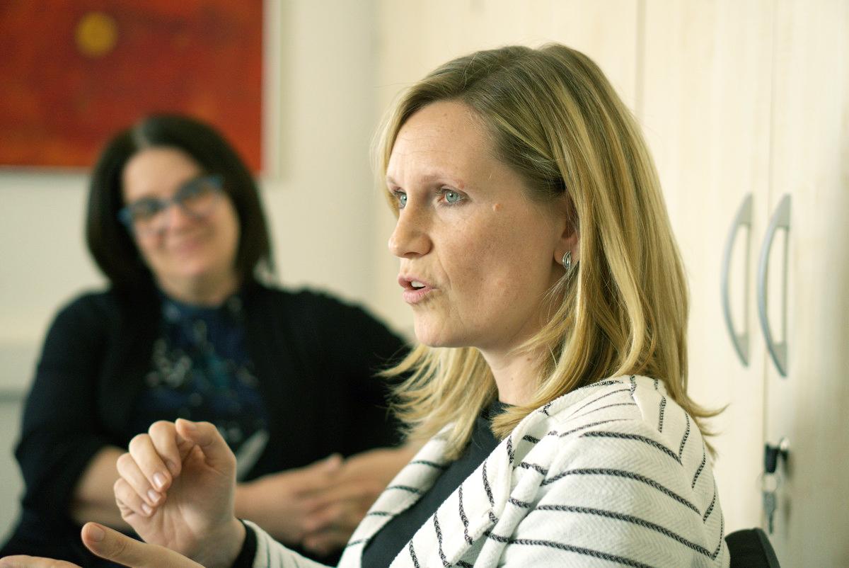 Regine Scheidereit (links), Katrin Nitsch (rechts)