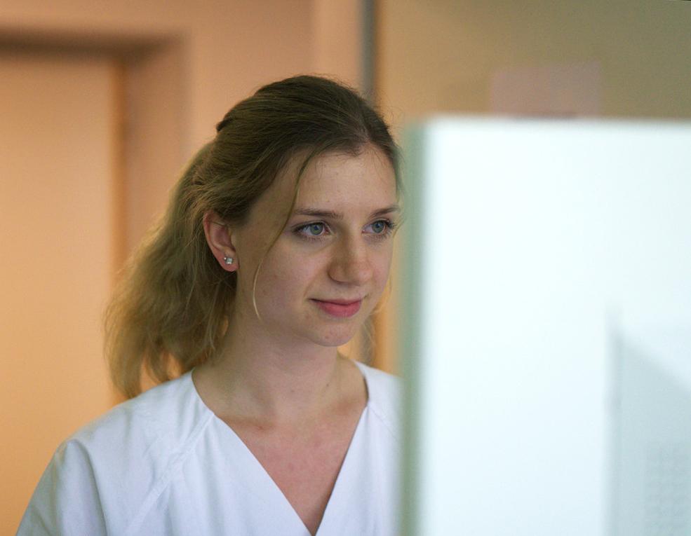 Vanessa Kolbeck, BA-Absolventin der hsg Bochum