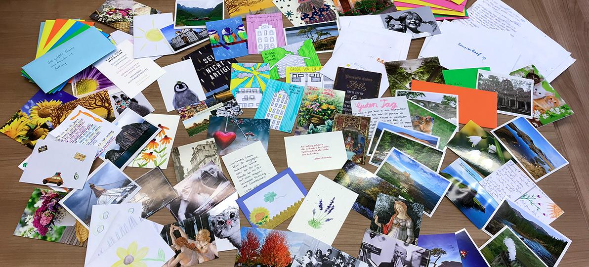 Eine Auswahl der Postkarten ist hier zu sehen.